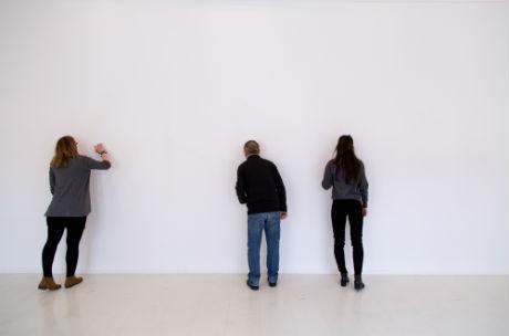 Heribert Friedl ohne Titel (Sarabriga) Installationsansicht Stadtgalerie Saarbrücken Foto Anton Minayev